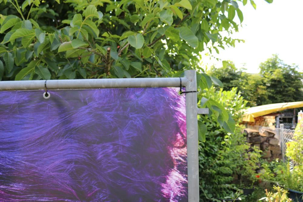 Bauzaunblende-frontlit-450-geoest-bedrucktes-pvc-banner