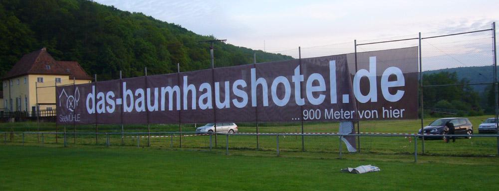 Großformatdruck Bannerdruck Meshbanner Gitternetzplane